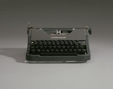 Image for Underwood typewriter and case