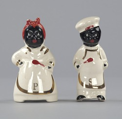 """Pair of salt and pepper shakers in form of """"Mammy"""" and """"Chef"""""""