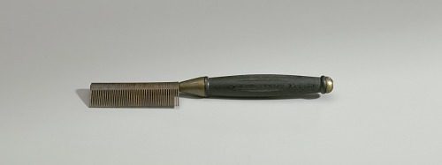 Image for Hot comb from a travel hair care kit used by Anna Mae Queen Holmes