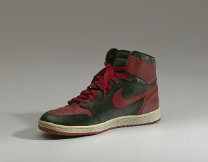 images for Pair of red and black Air Jordan I high top sneakers made by Nike-thumbnail 13