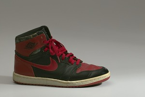 images for Pair of red and black Air Jordan I high top sneakers made by Nike-thumbnail 14