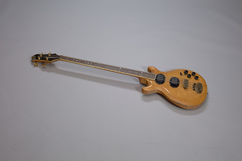 Image for Bass guitar used by Robert