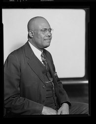 Studio Portrait of a Man Sitting, Rev. M.M. Morris