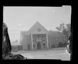 Photo of the front of Mount Bethel M.B.Church, Rev L.E. Evans