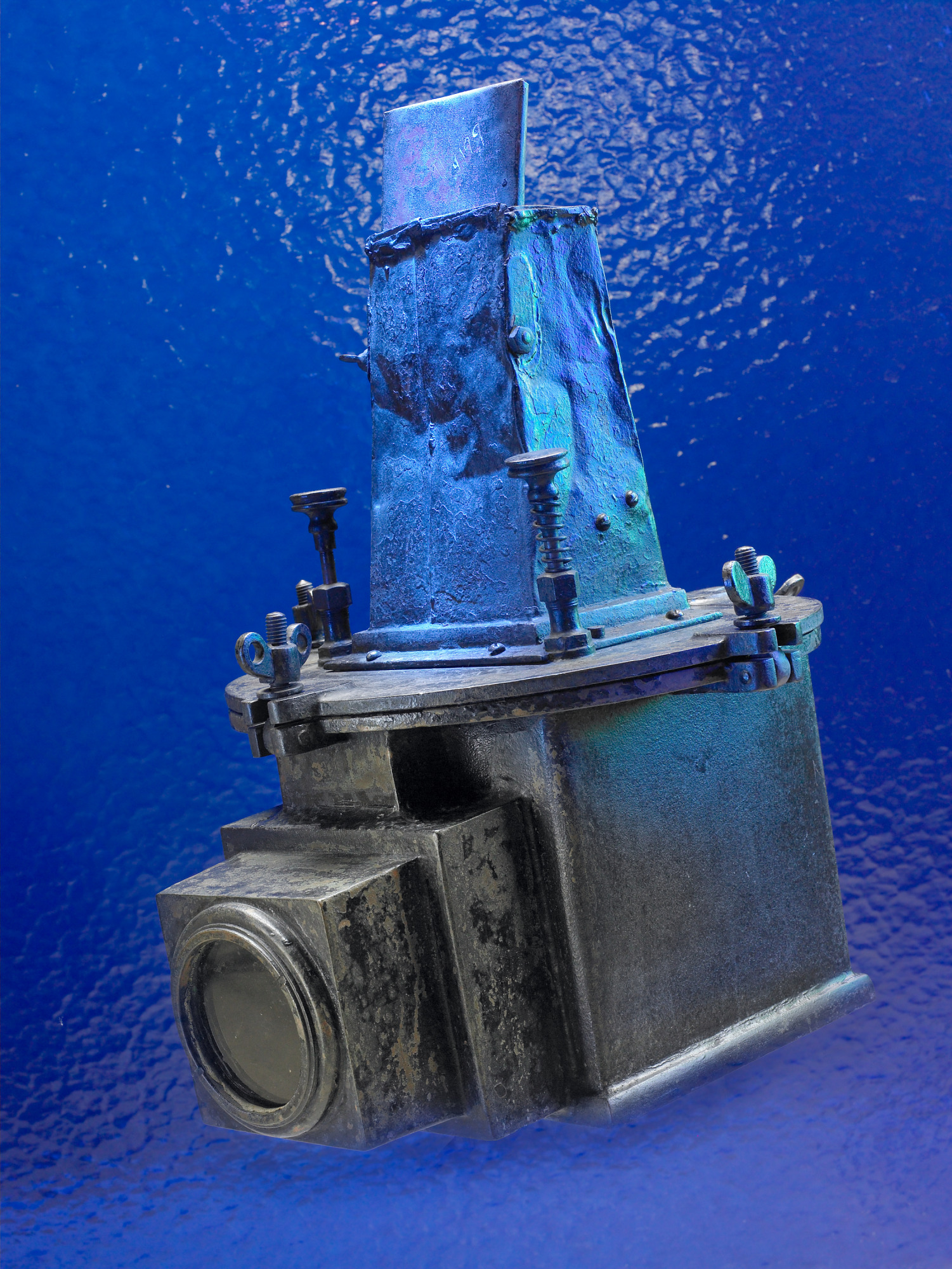 images for Auto-Graflex Camera in Underwater Housing