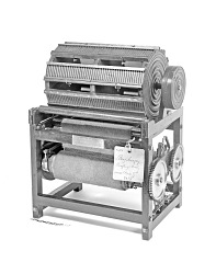 8eaac8534441f 1837 Swasey s Patent Model of a Cloth Napping Machine
