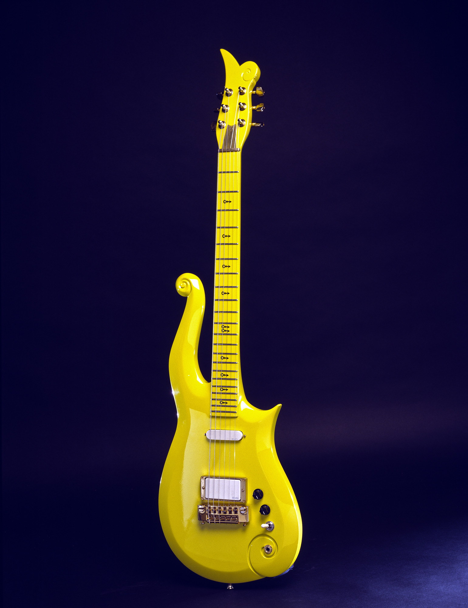Prince's Yellow Cloud Electric Guitar - Image version 1