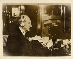 How Radio Changed America