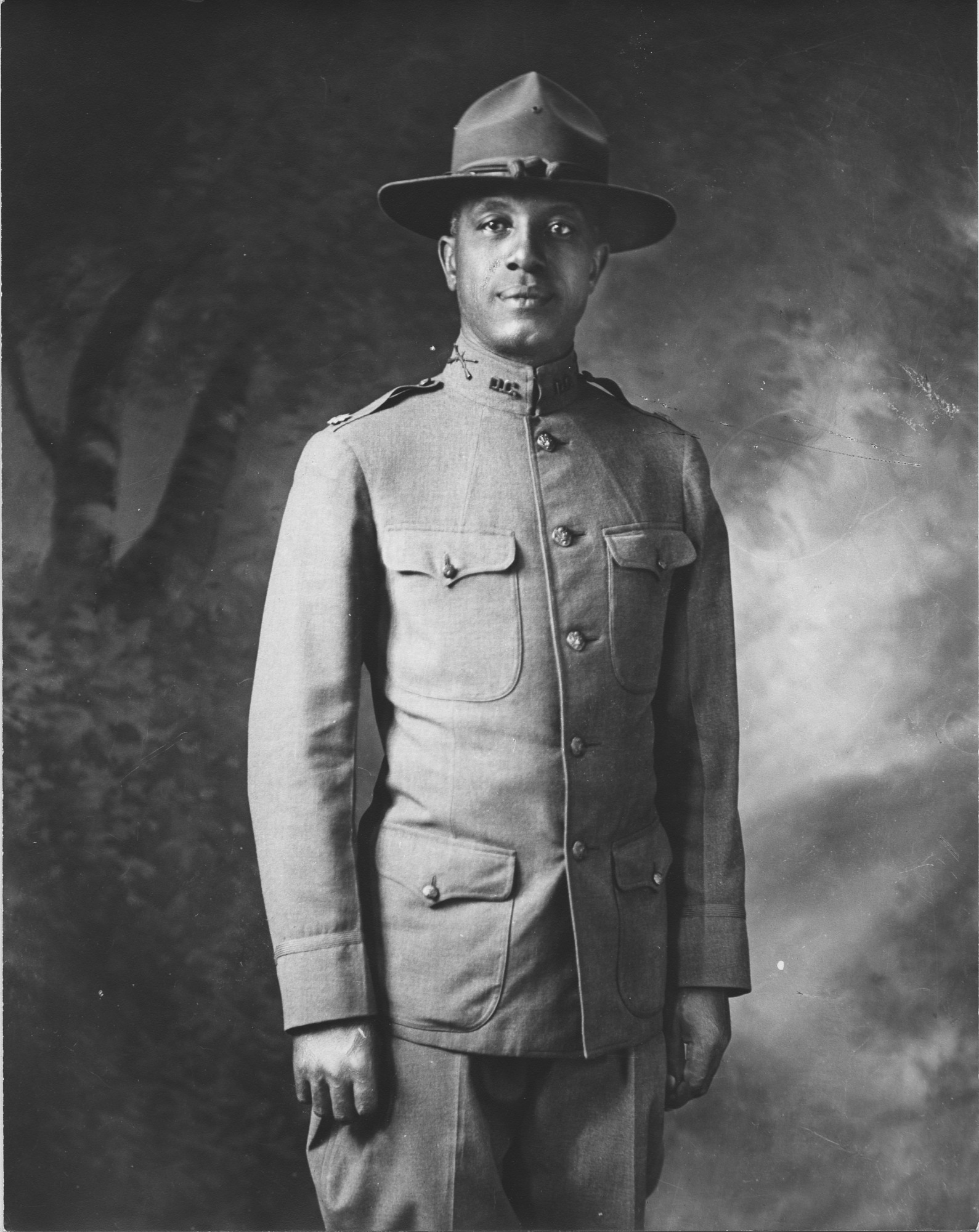 images for Soldier in World War I uniform with hat : photoprint.