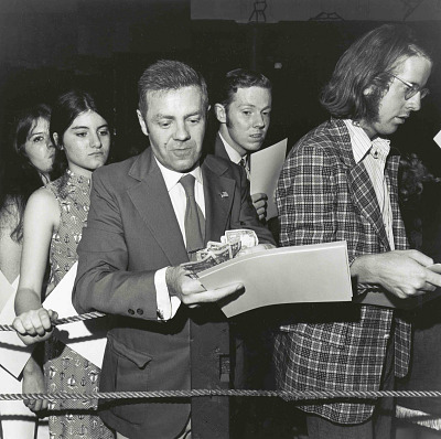 Tex Ritter and Fans