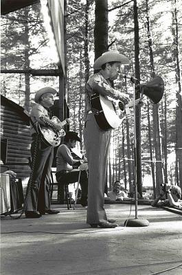Ernest Tubb performing