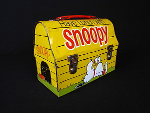 images for Snoopy Doghouse Lunch Box-thumbnail 2