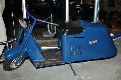 Cushman Motor Scooter, 1945