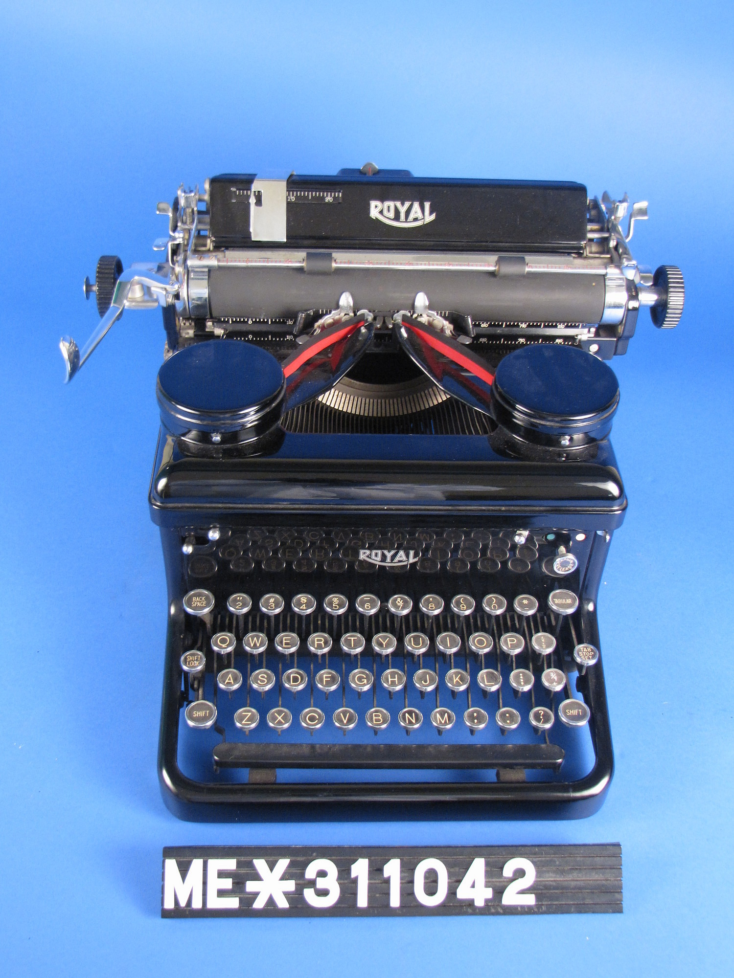Royal KHM Typewriter