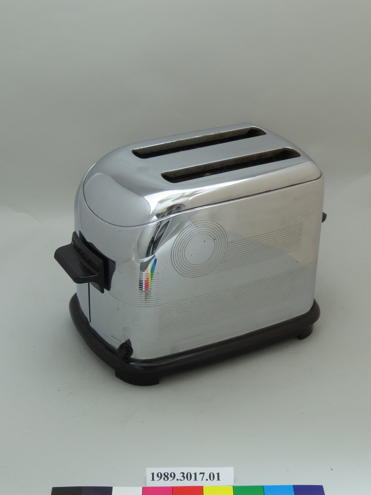 Toastmaster Model 1B8 Electric Toaster