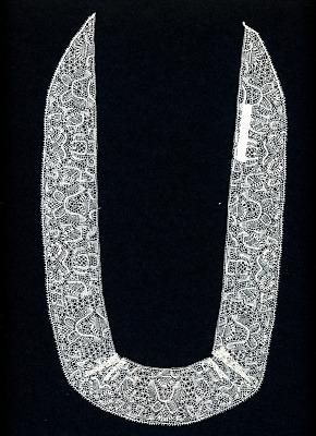 Binche Collar