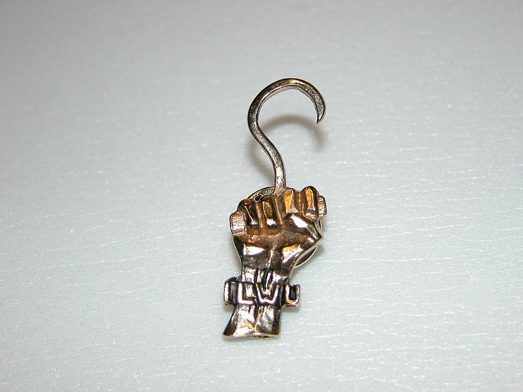 ILWU pin