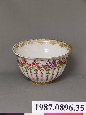 Meissen tea bowl (part of a service)
