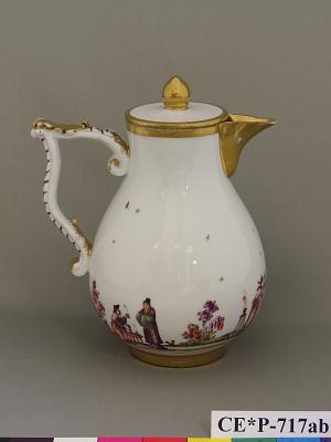 Meissen milk pot and cover
