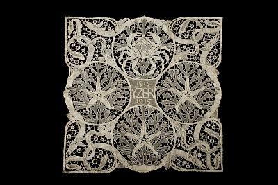 Isidore de Rudder Designed Pillow Top