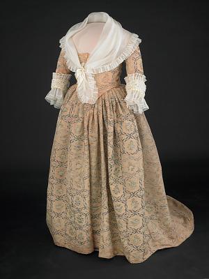 Martha Washington's dress