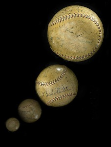 images for 1926 New York Yankees Autographed Baseball-thumbnail 1