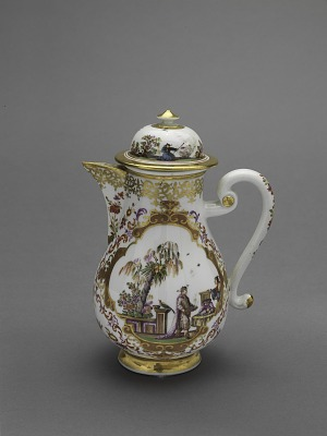 Meissen chinoiserie coffeepot and cover