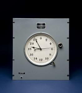 images for Standard Quartz Clock-thumbnail 1