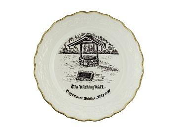 1957 Tupperware Jubilee Plate