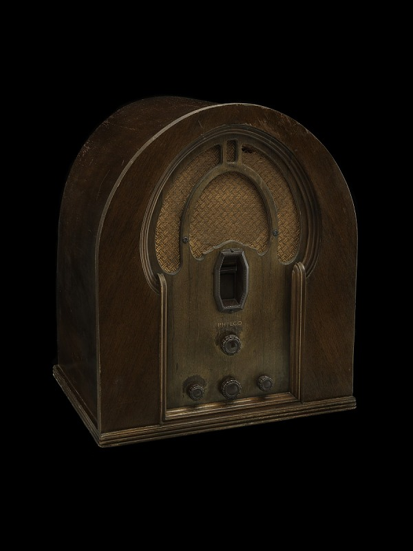 Image for Philco Model 16B Cathedral Radio