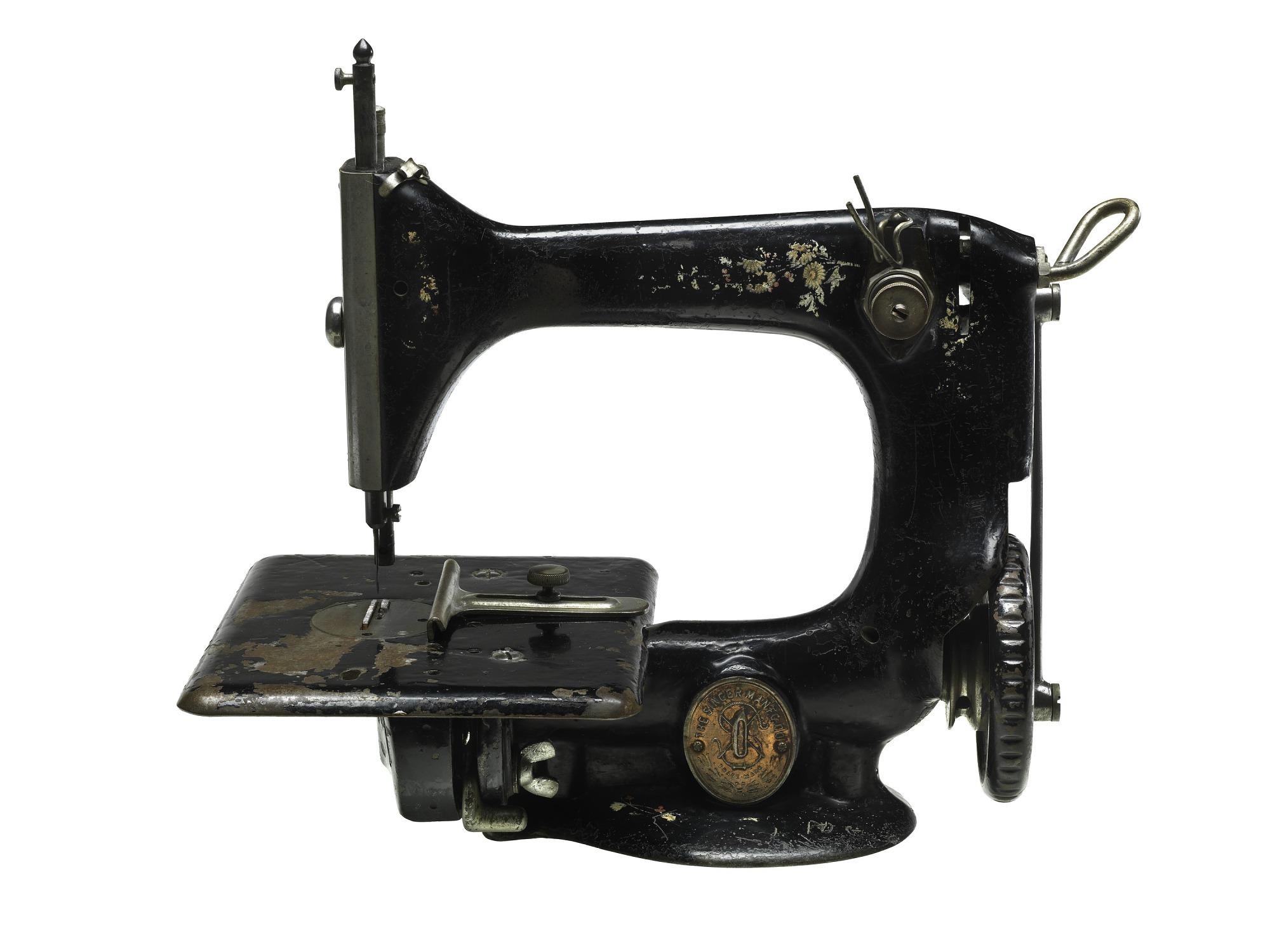 Singer Sewing Machine, 1910