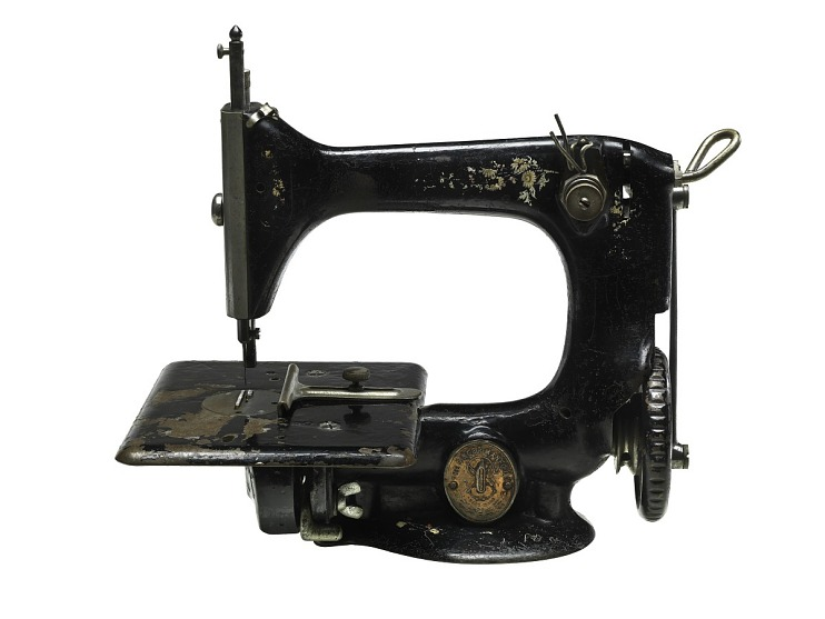 Singer Sewing Machine, 1910
