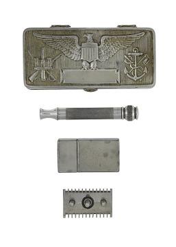 Gillette U.S. Service Razor Set