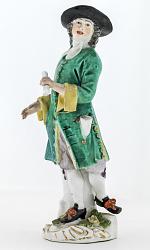 Meissen figure of a ballad seller