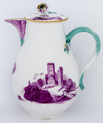 Meissen milk pot and cover (part of a service)