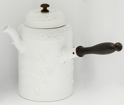 Meissen chocolate pot and cover