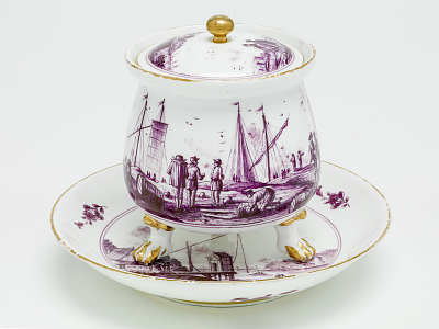 Meissen covered pot and stand