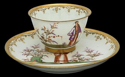 Meissen tea bowl and saucer (Hausmaler)
