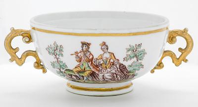 Meissen two-handled bowl (Hausmaler)