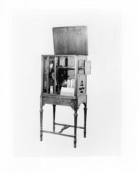"Jenkins ""Radiovisor"" mechanical television receiver"