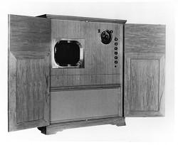 "Jenkins model 101 ""Radiovisor"" mechanical television receiver"