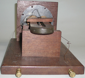 images for Alexander Graham Bell's Large Box Telephone-thumbnail 2
