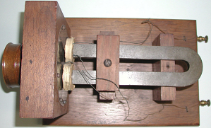 images for Alexander Graham Bell's Large Box Telephone-thumbnail 5