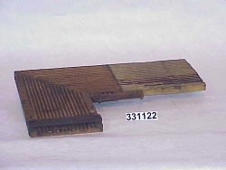 grooved wire board for right angles