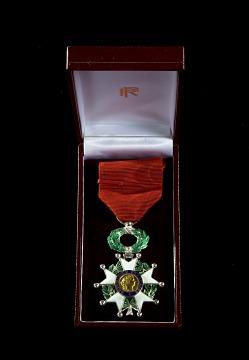 Legion D'Honneur Award, 2000