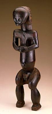 Reliquary guardian figure