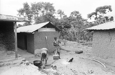 Women preparing meal, near Ife, Nigeria, [negative]