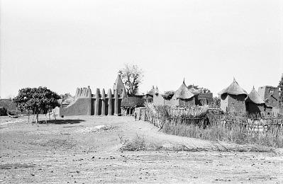 Sudanese style mud mosque in a Dogon village on the plains, near Biandagara, Mali, [negative]