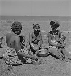 Transkei Women and Children Eating