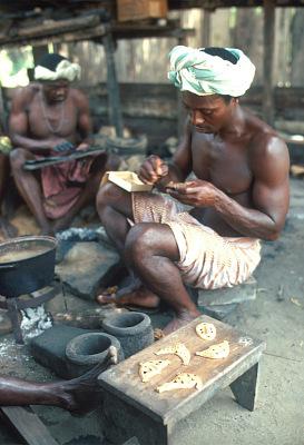 Kyaman goldsmith, Anna village, Ivory Coast, [slide]